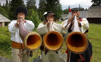 Bačovské trio - hra na trombite