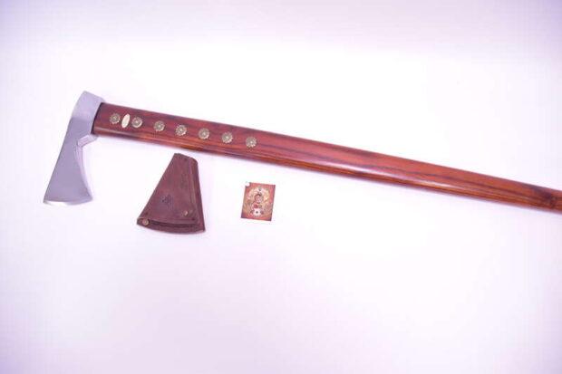 Zbojnícka-valaška-útočná-hnedá-brxa-2