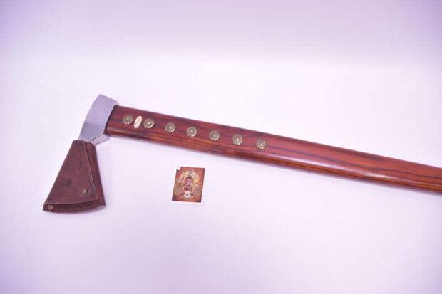 Zbojnícka-valaška-útočná-hnedá-brxa-4